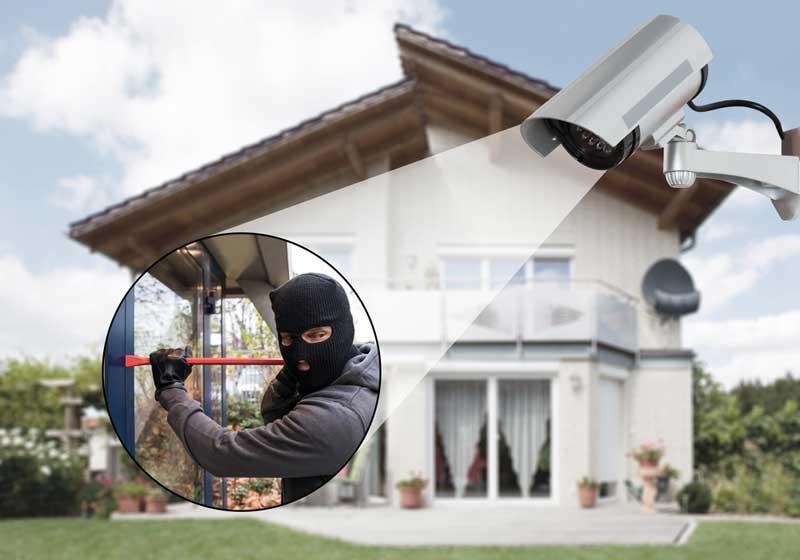 Überwachungskamera am Haus Außen de.depositphotos.com
